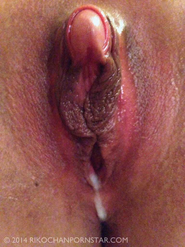 dripping clit